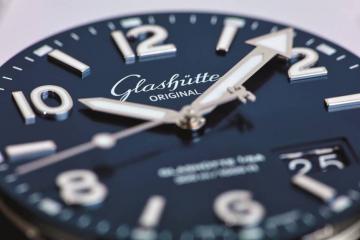 格拉苏蒂原创卓越工艺,打造SeaQ腕表专属表盘