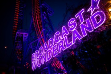 「播 broadcast 」品牌新升级 摩天轮下开启星际狂想派对